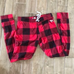 PINK Victoria's Secret buffalo plaid pajama pants